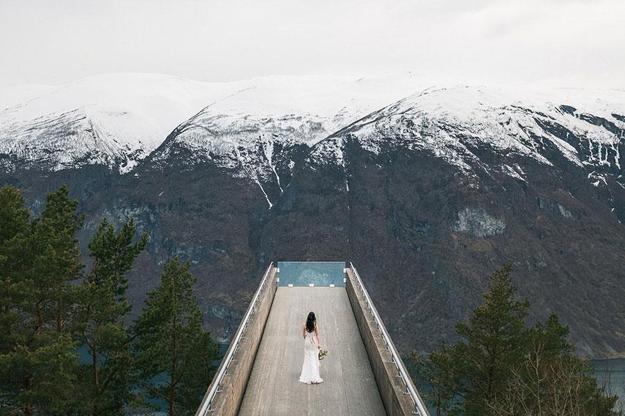 breathtaking-scenic-wedding-in-norway20160914_0197