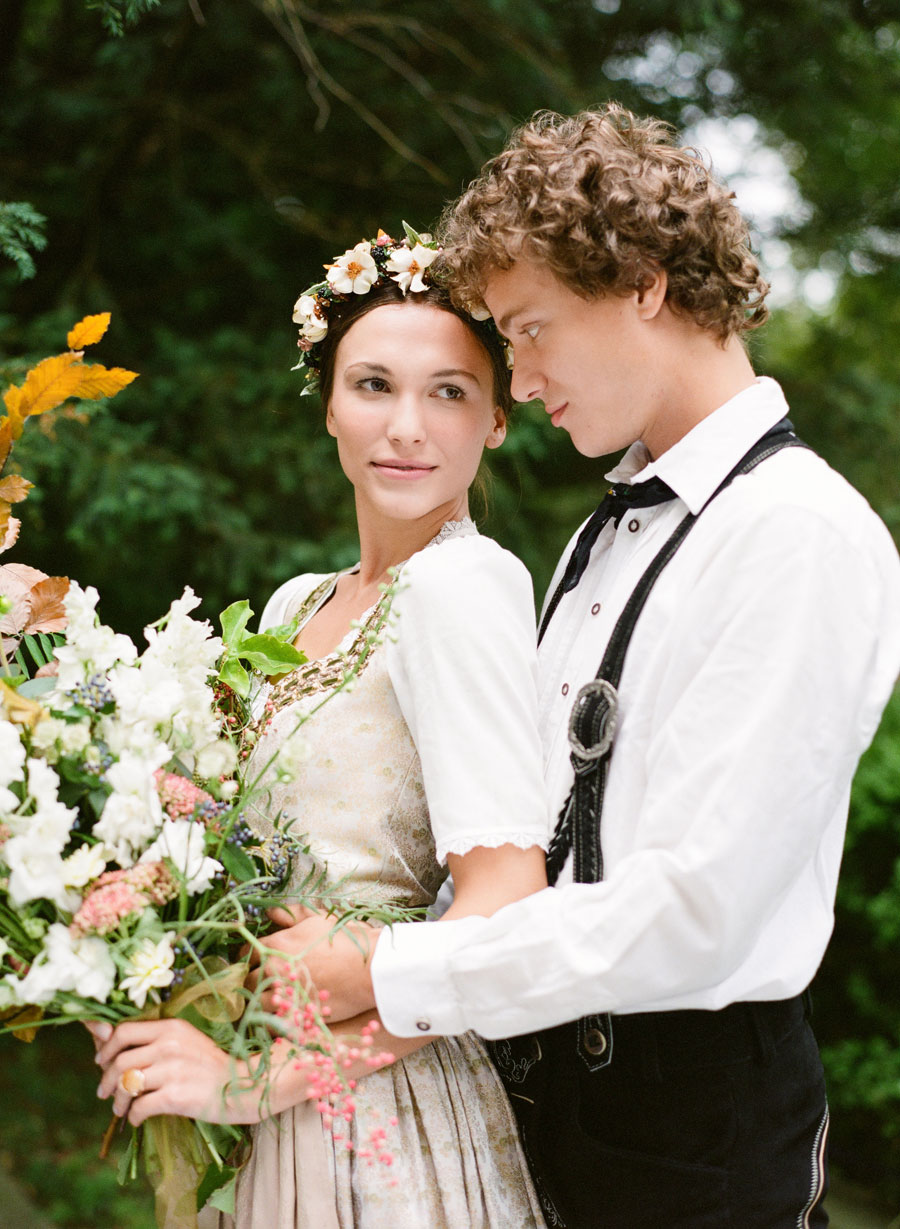 A Life Long! An Austrian & Autumn Inspired Bridal Editorial