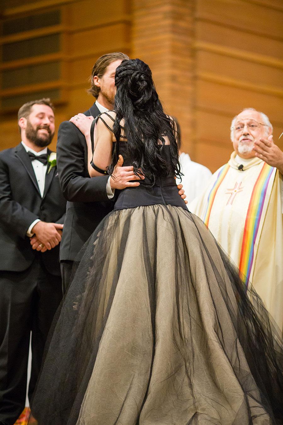 dark-sparkly-halloween-wedding-with-black-vera-wang-wedding-gown12
