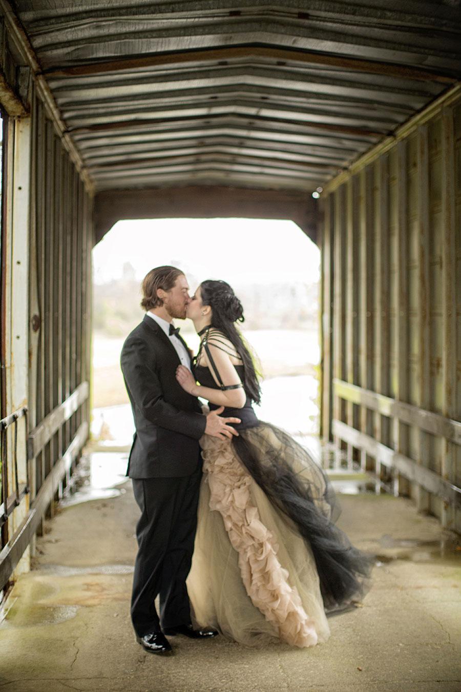 dark-sparkly-halloween-wedding-with-black-vera-wang-wedding-gown59