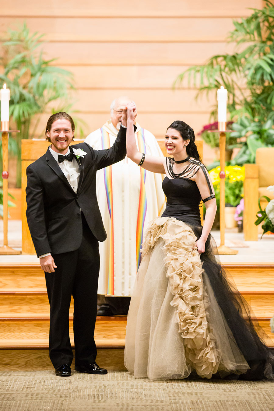 dark-sparkly-halloween-wedding-with-black-vera-wang-wedding-gown77