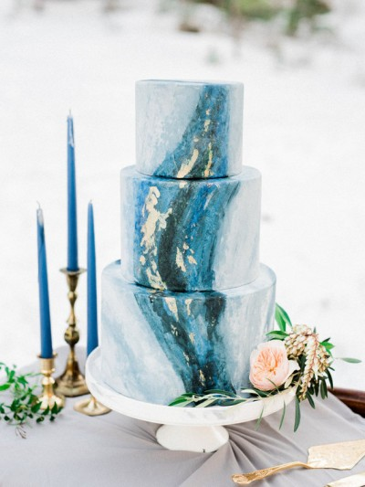 gold and blue wedding 100layercake-com-kristenjoyphotoblog-com