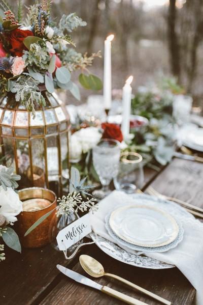 winter wedding colour schemes junebugweddings-com-peytonraineyphotography-com