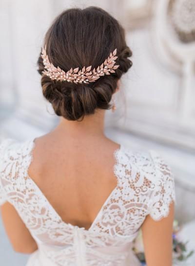 winter wedding colour schemes rockmywedding-co-uk-fantonphotography-com