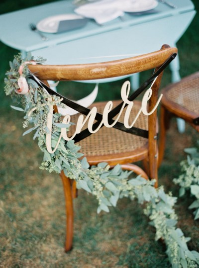 gold and blue wedding stylemepretty-com-whenhefoundher-com