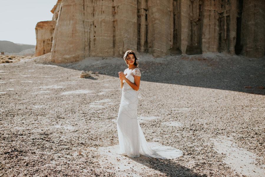 Beautiful Anna Campbell Wedding Dresses 'Wild at Heart'