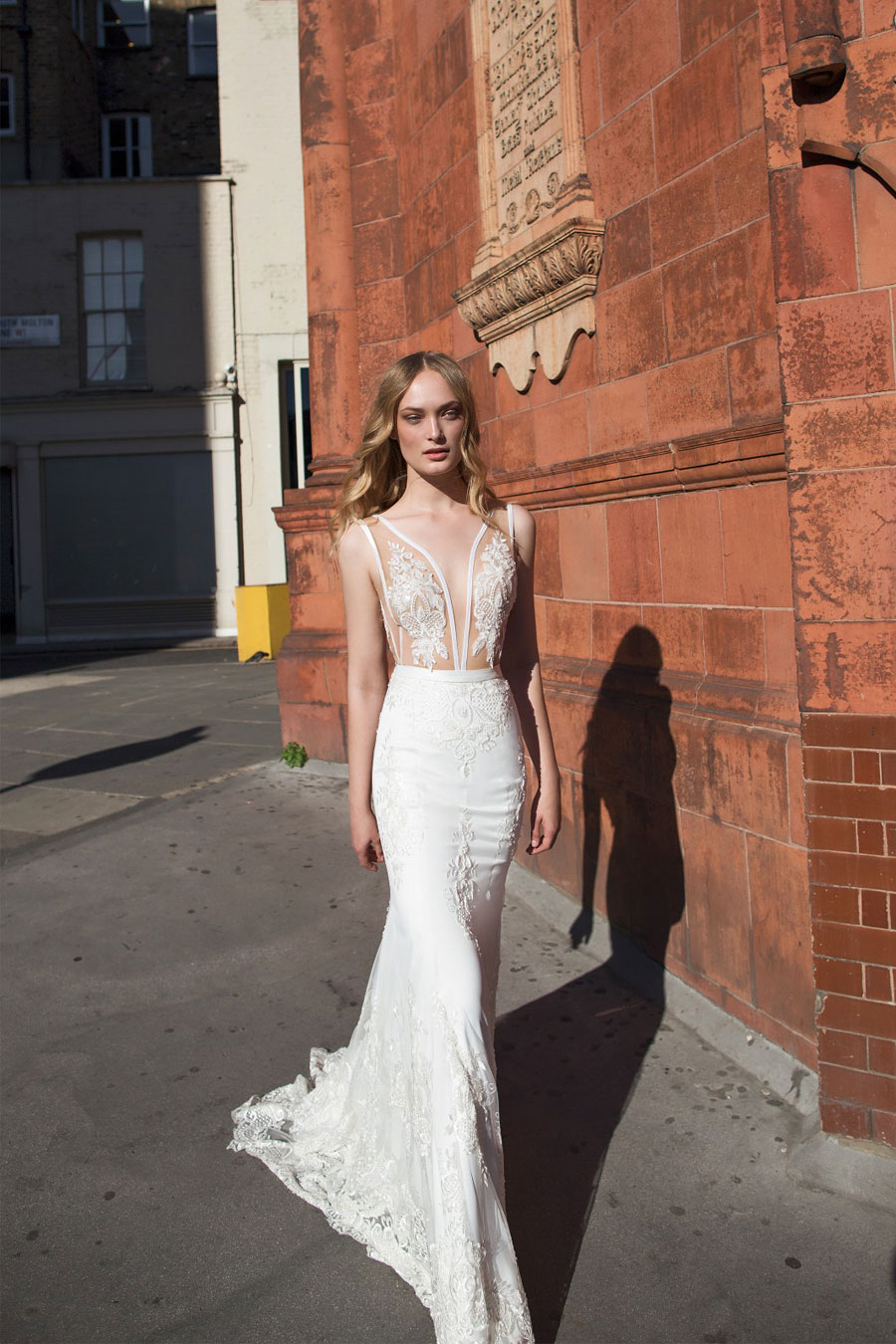 AMAZING Riki Dalal Wedding Gowns: Mayfair Collection F/W 2017
