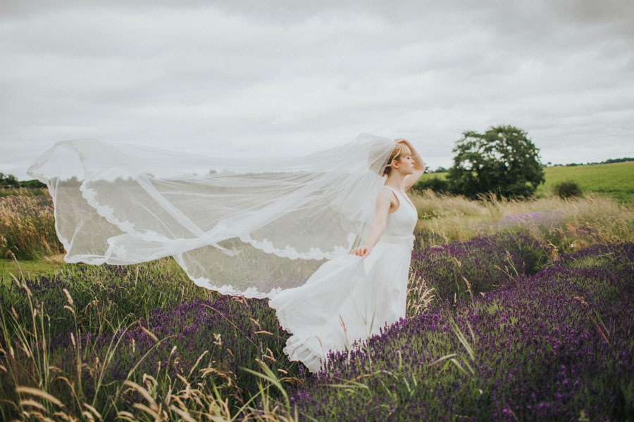 Vibrant & Pretty Bridal Editorial in Lavender Fields