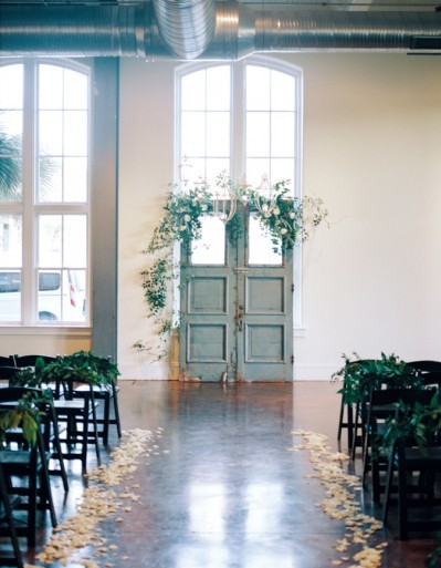 stylemepretty-com20160125organic-industrial-wedding-at-701-whaley-marciemeredith-com