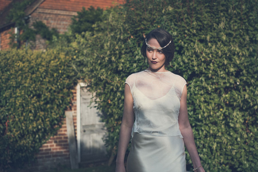 Glamorous 1930s House Party Wedding Shoot in Navy, Pink & Gold009