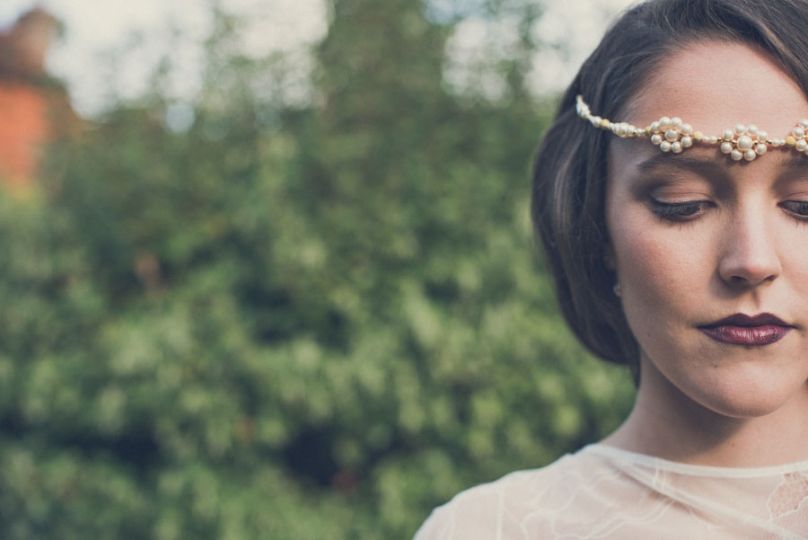 Glamorous 1930s House Party Wedding Shoot in Navy, Pink & Gold010