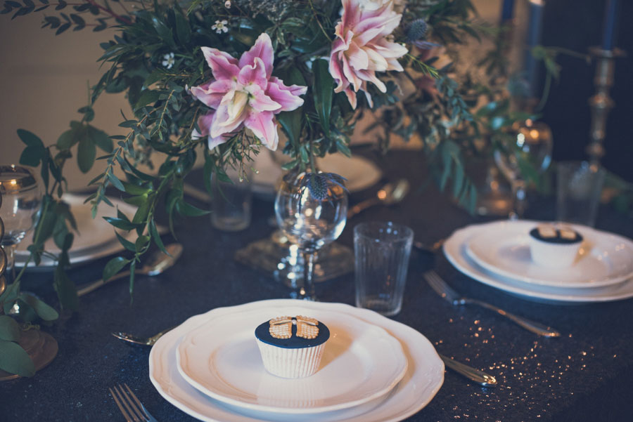 Glamorous 1930s House Party Wedding Shoot in Navy, Pink & Gold025