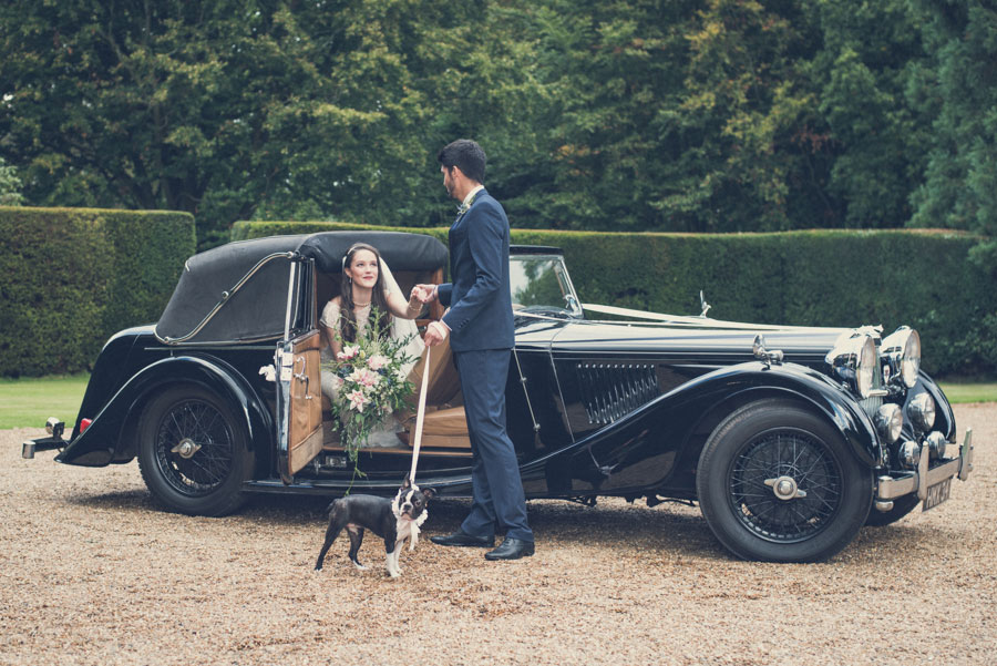 Glamorous 1930s House Party Wedding Shoot in Navy, Pink & Gold027