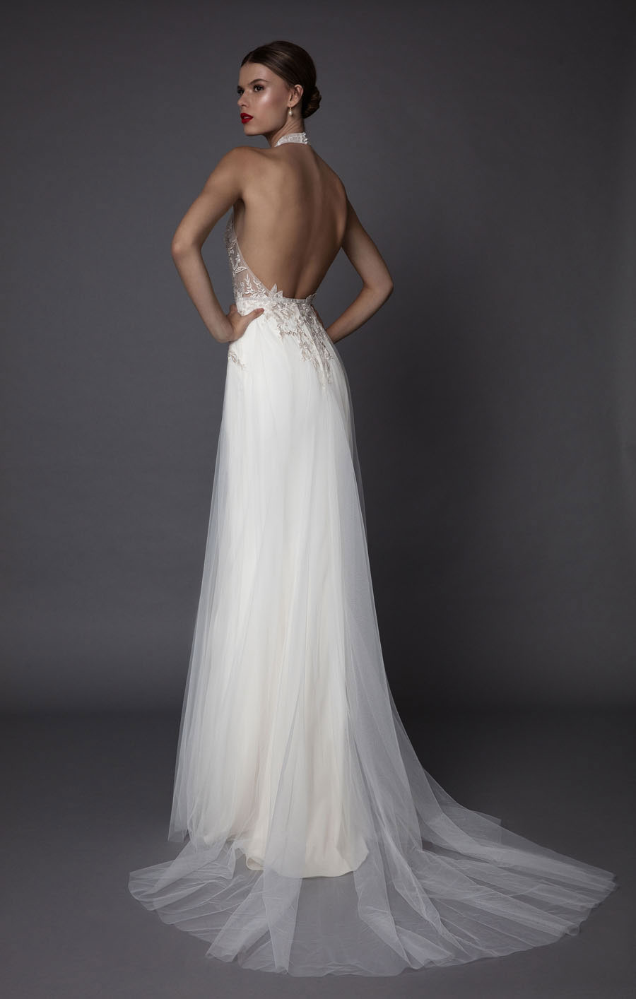 muse-a-fashion-forward-bridal-line-by-berta040