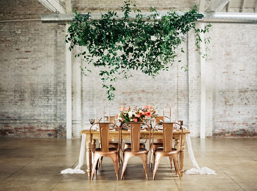 Pantone's Colour of 2017: Greenery Inspired Wedding Ideas stylemepretty.com - lunademarephotography.com