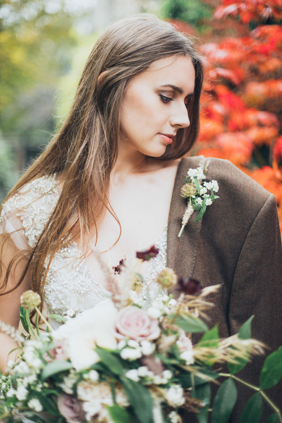 Enchanted in London! Greenery Inspired Bridal Editorial With Stained Gold & Soft Muted Hues