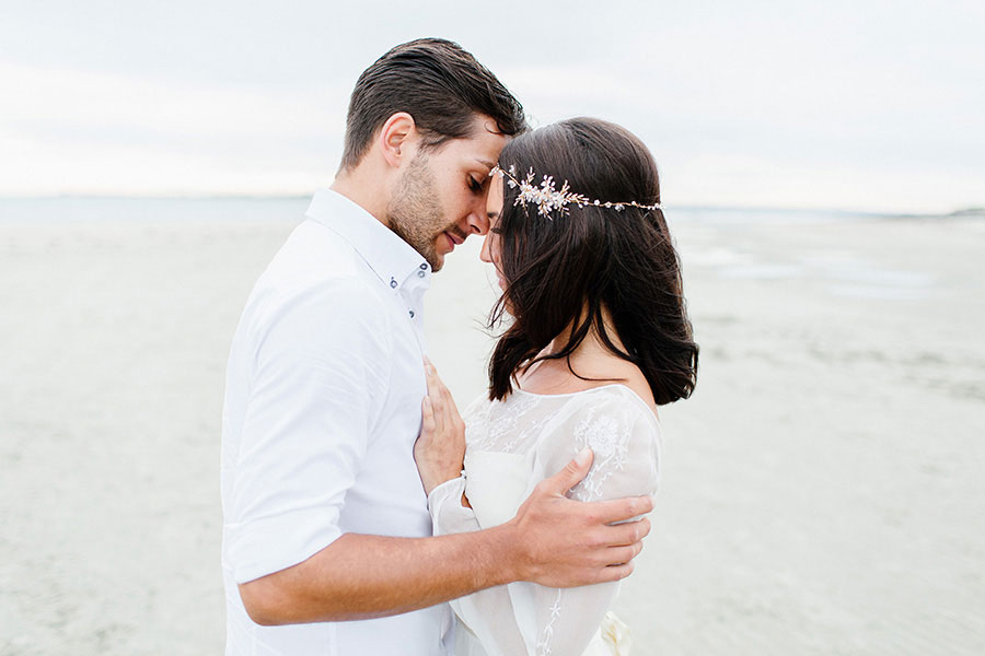Down By The Sea! A Free-Spirited Elopement Editorial Shoot0050