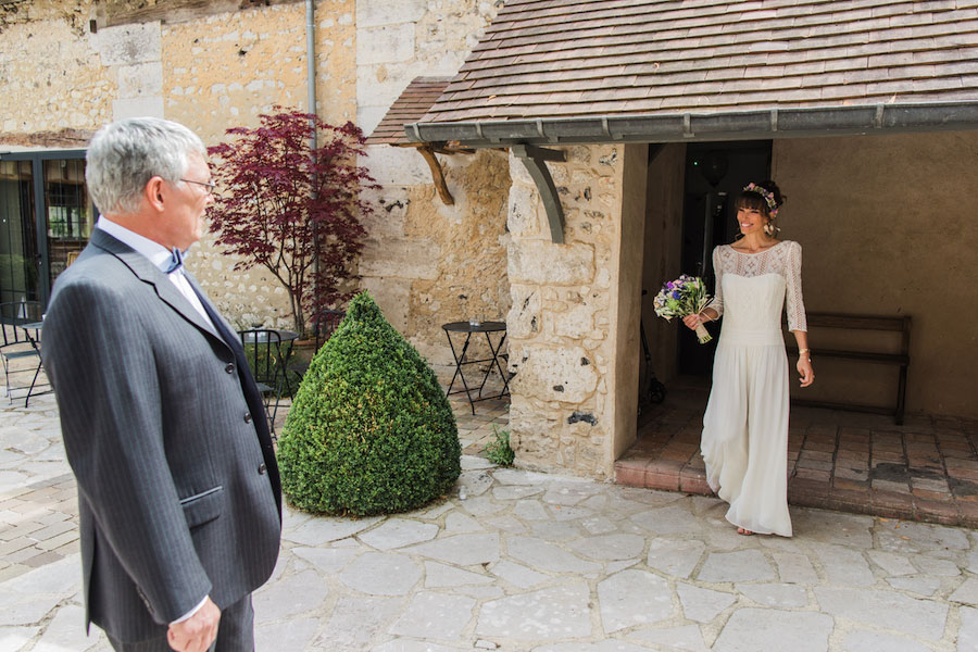 Chic Spring Bride In Laura de Sagazan Gown- Anne & Matthieu0030