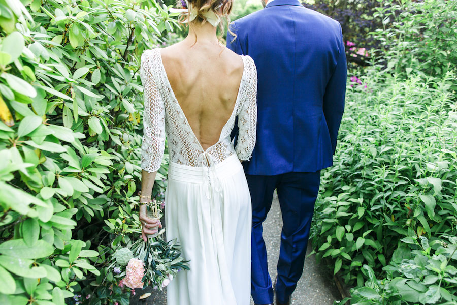 Chic Spring Bride In Laura de Sagazan Gown- Anne & Matthieu0049