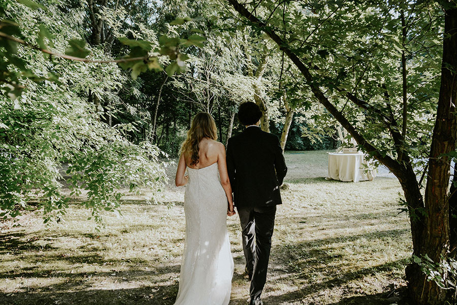 A Wonderful Garden Wedding With Dinner In The Woods!0042