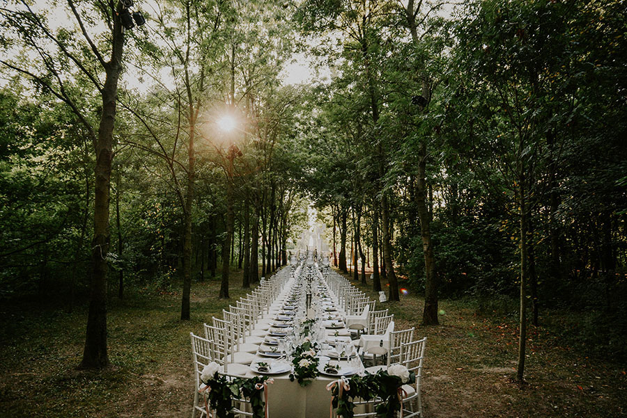A Wonderful Garden Wedding With Dinner In The Woods!0045