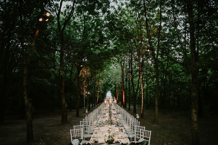 A Wonderful Garden Wedding With Dinner In The Woods!0055