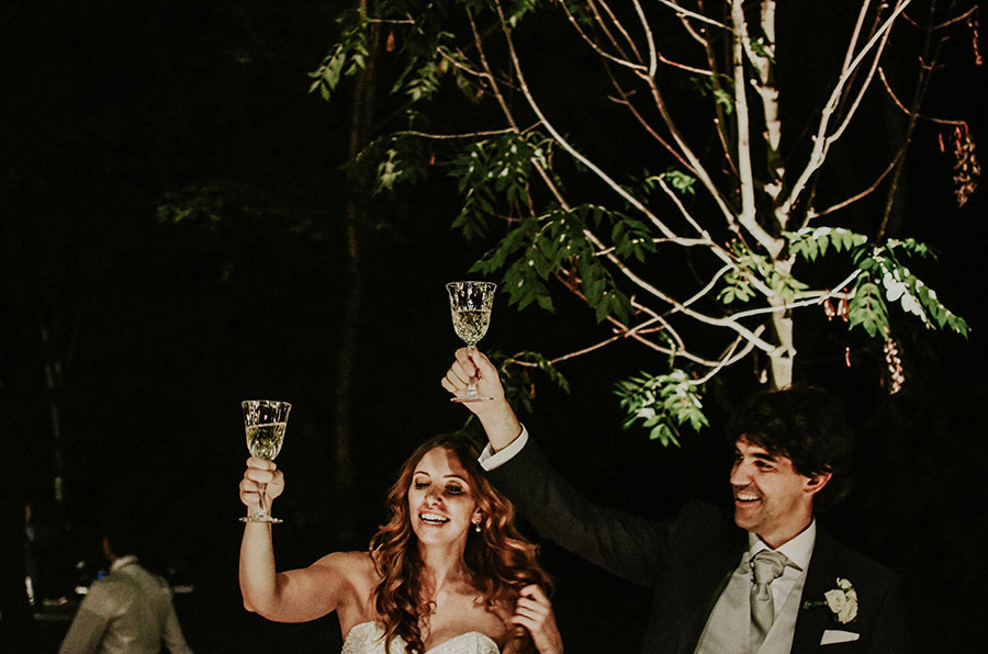 A Wonderful Garden Wedding With Dinner In The Woods!0058