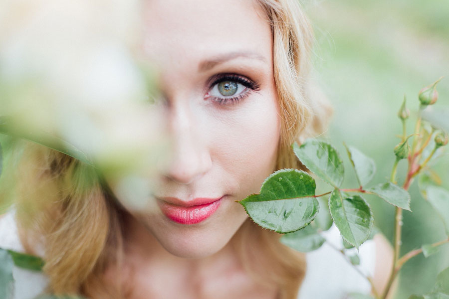 Romantic Vineyard Bridal Shoot With Dusty Blues & Greys0027