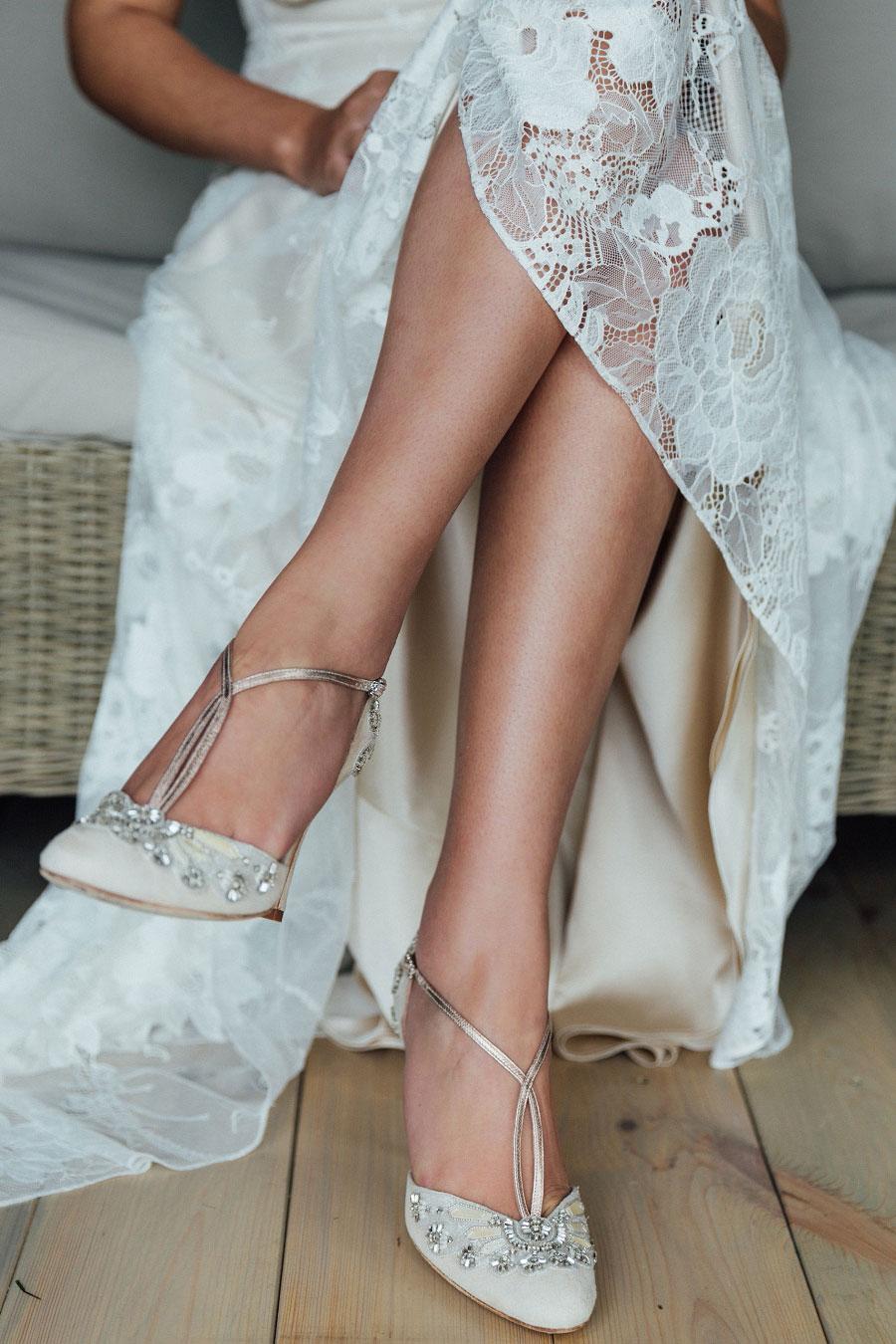 Romantic Vineyard Bridal Shoot With Dusty Blues & Greys0042
