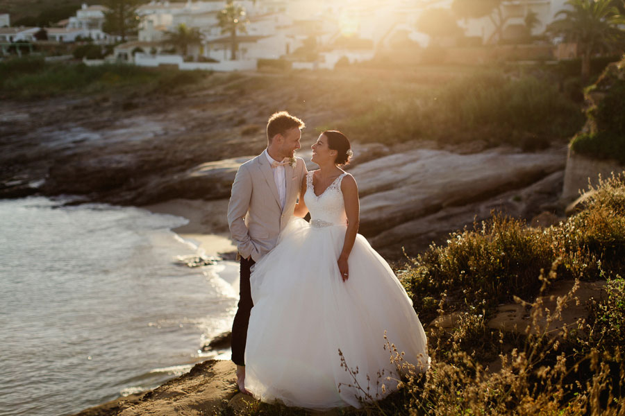 A DIY Peach & Rose Gold Wedding In Portugal: Laura & Simon