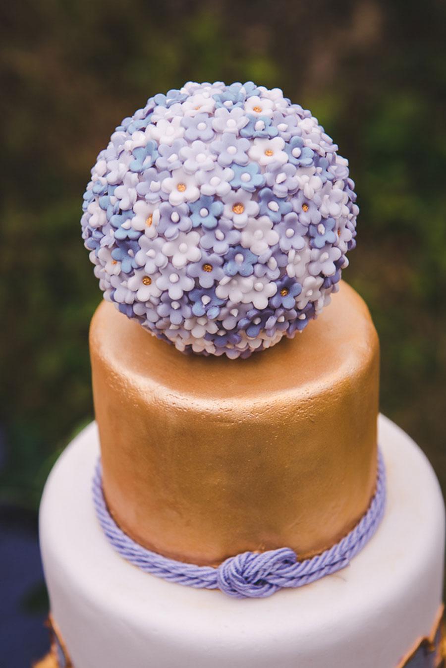 A Late Summer Renaissance-Meets-Fantasy Themed Bridal Shoot0003