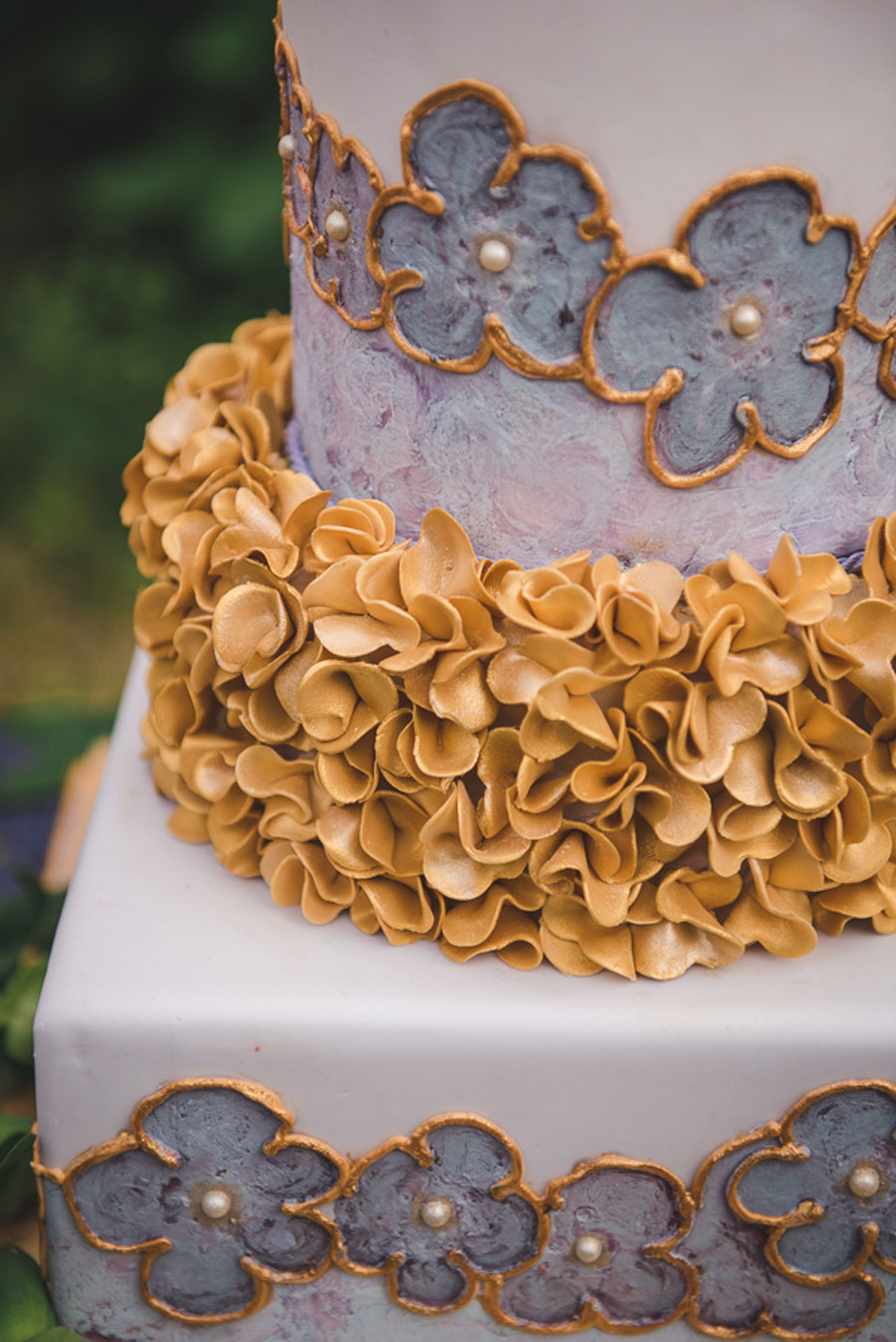 A Late Summer Renaissance-Meets-Fantasy Themed Bridal Shoot0009