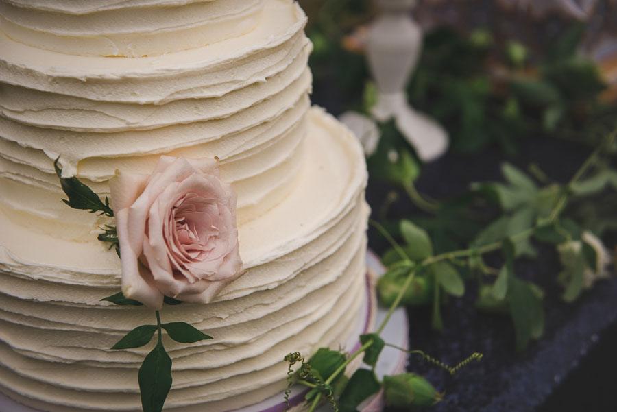 A Late Summer Renaissance-Meets-Fantasy Themed Bridal Shoot0014