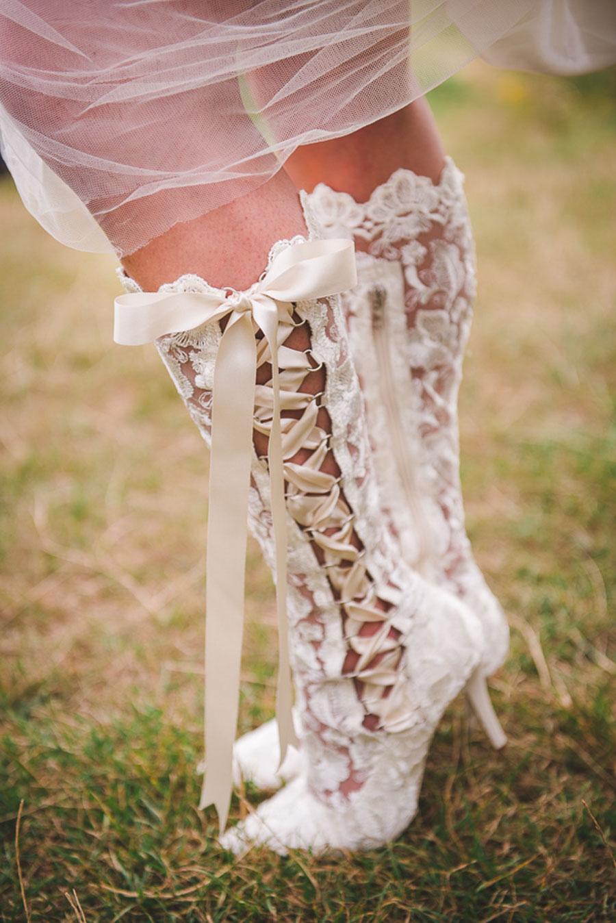 A Late Summer Renaissance-Meets-Fantasy Themed Bridal Shoot0040