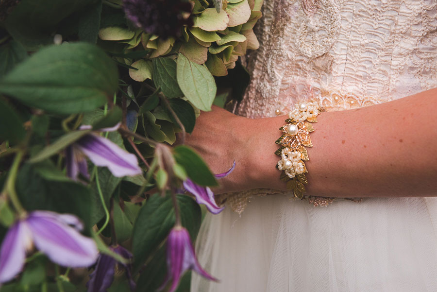 A Late Summer Renaissance-Meets-Fantasy Themed Bridal Shoot0042