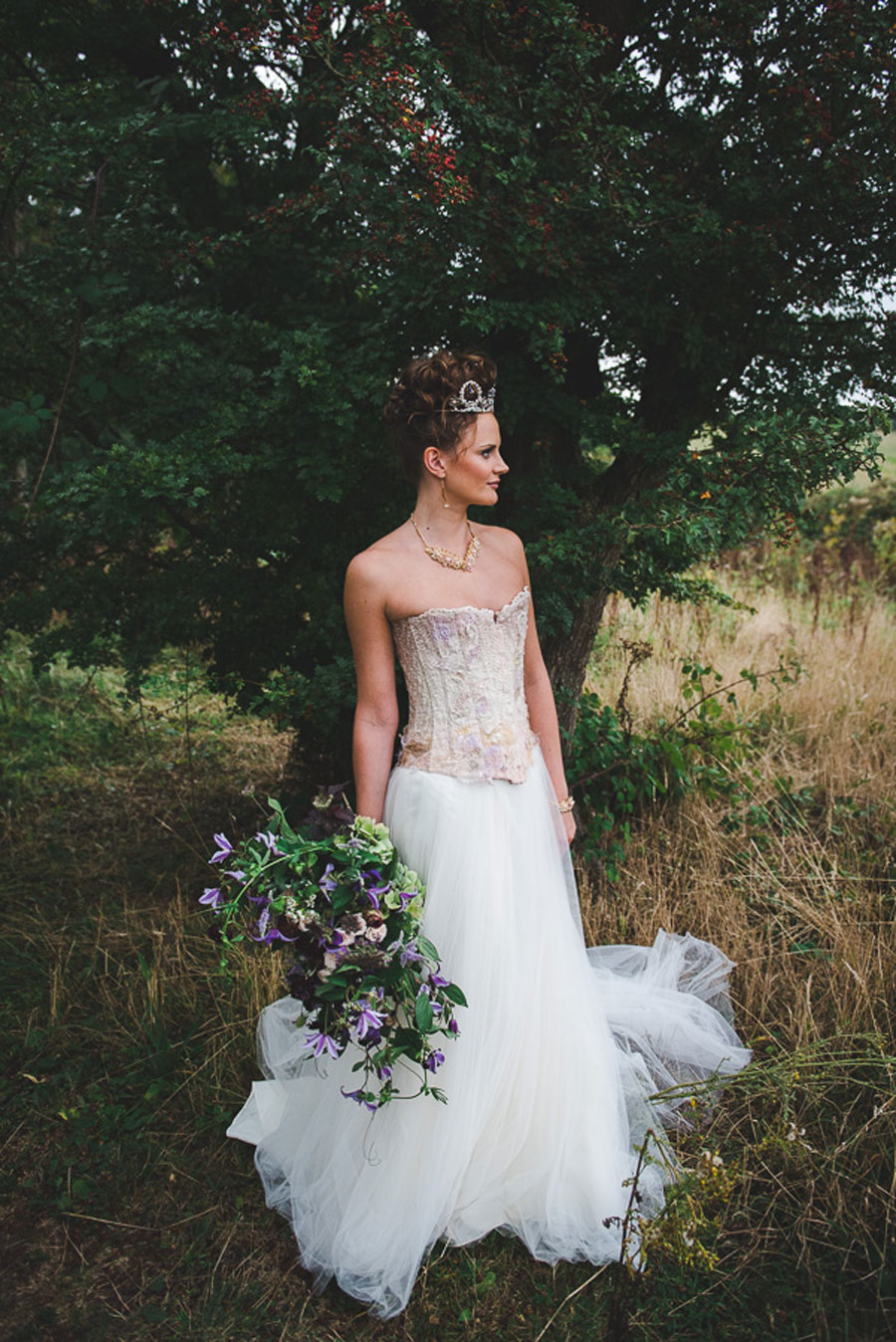 A Late Summer Renaissance-Meets-Fantasy Themed Bridal Shoot0045