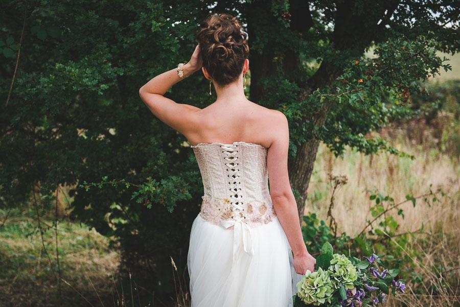 A Late Summer Renaissance-Meets-Fantasy Themed Bridal Shoot0047