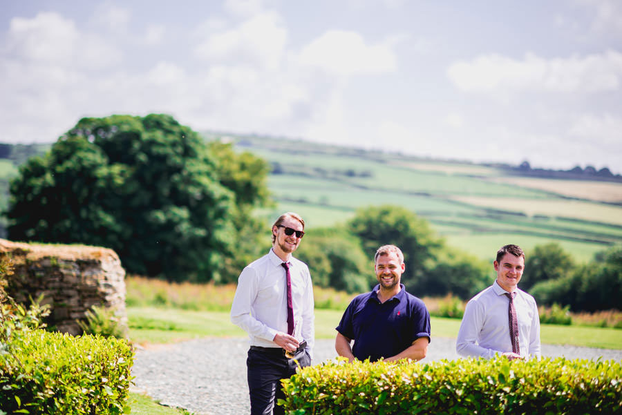 A Minimalist Rustic Wedding With Cornish Moors Backdrop0033