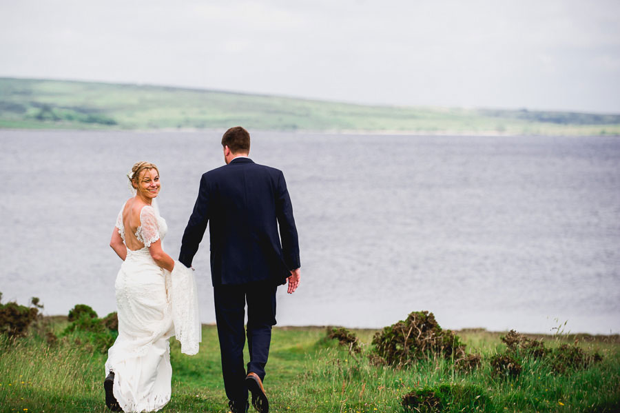 A Minimalist Rustic Wedding With Cornish Moors Backdrop0083