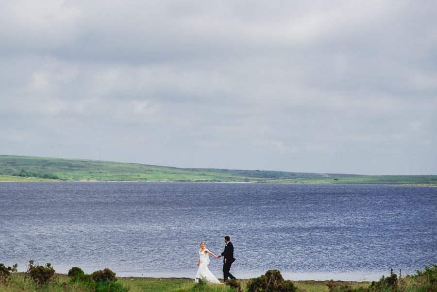 A Minimalist Rustic Wedding With Cornish Moors Backdrop0086