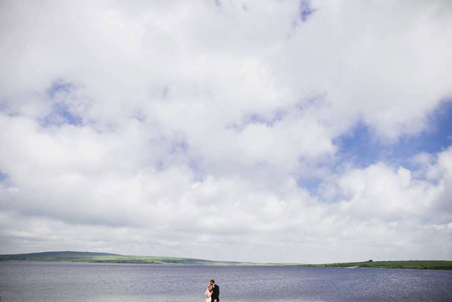 A Minimalist Rustic Wedding With Cornish Moors Backdrop0087