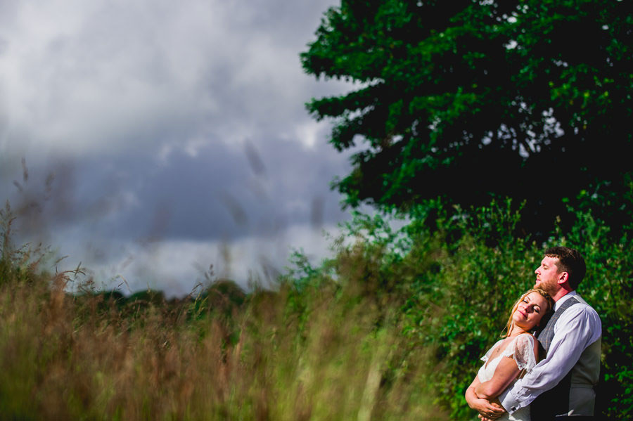 A Minimalist Rustic Wedding With Cornish Moors Backdrop0091
