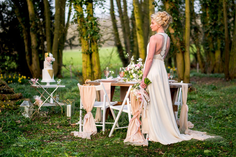 A Modern, Luxe, Woodland Shoot Featuring Geometric Elements, Metallic Touches And Lush Florals0041