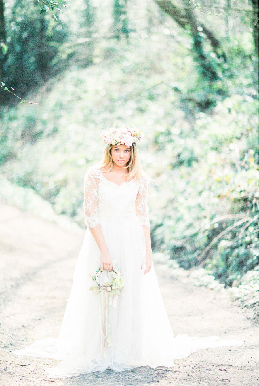 Alone In The Woods Bridal Editorial0000