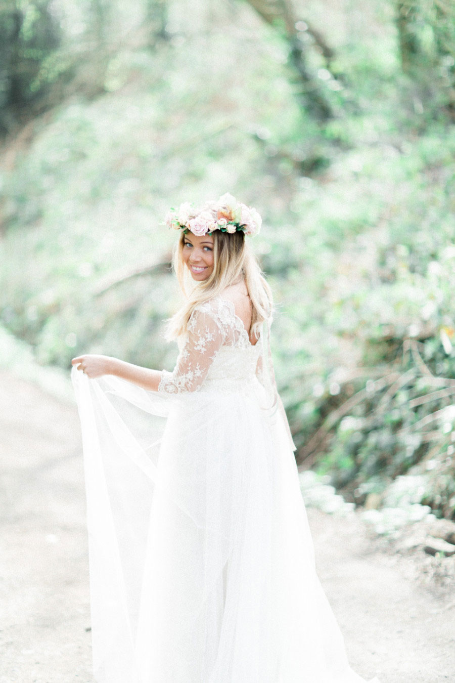 Alone In The Woods Bridal Editorial0003
