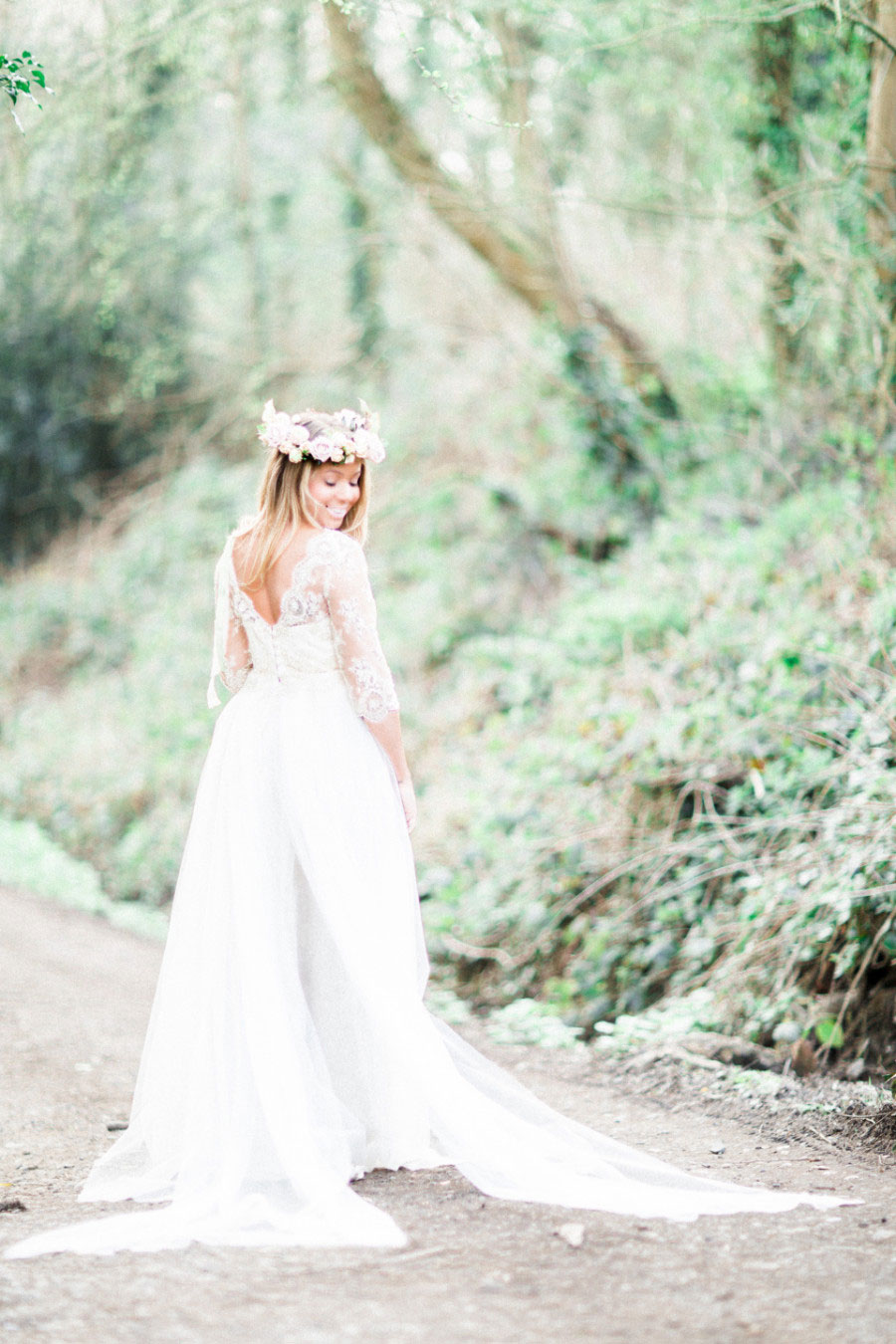 Alone In The Woods Bridal Editorial0010