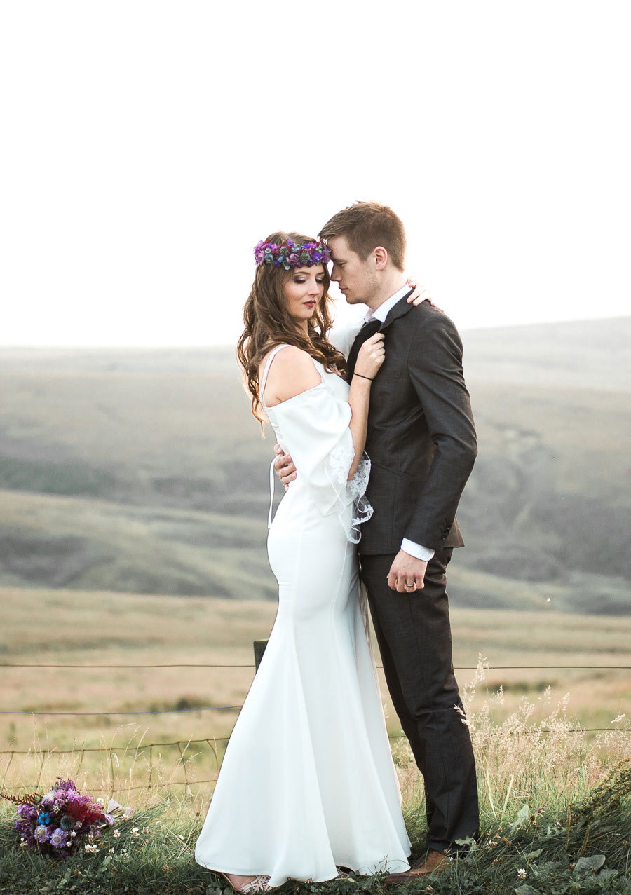 Beautiful Bohemian Yorkshire Moors Love Shoot!0031