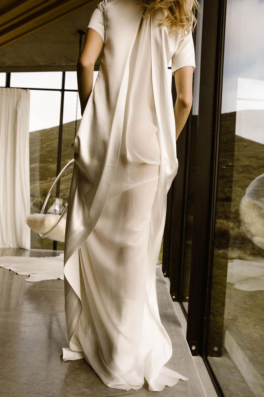 L'eto-Bridal-Gowns-Sydney-Australia-5