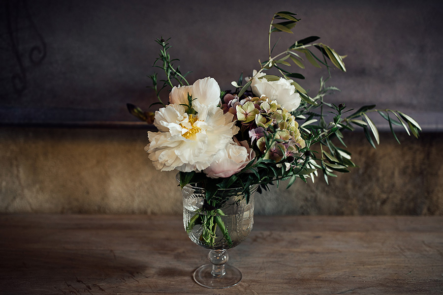 What Flowers Do I Need For My Wedding: Should I Choose British Flowers For My Wedding Day?