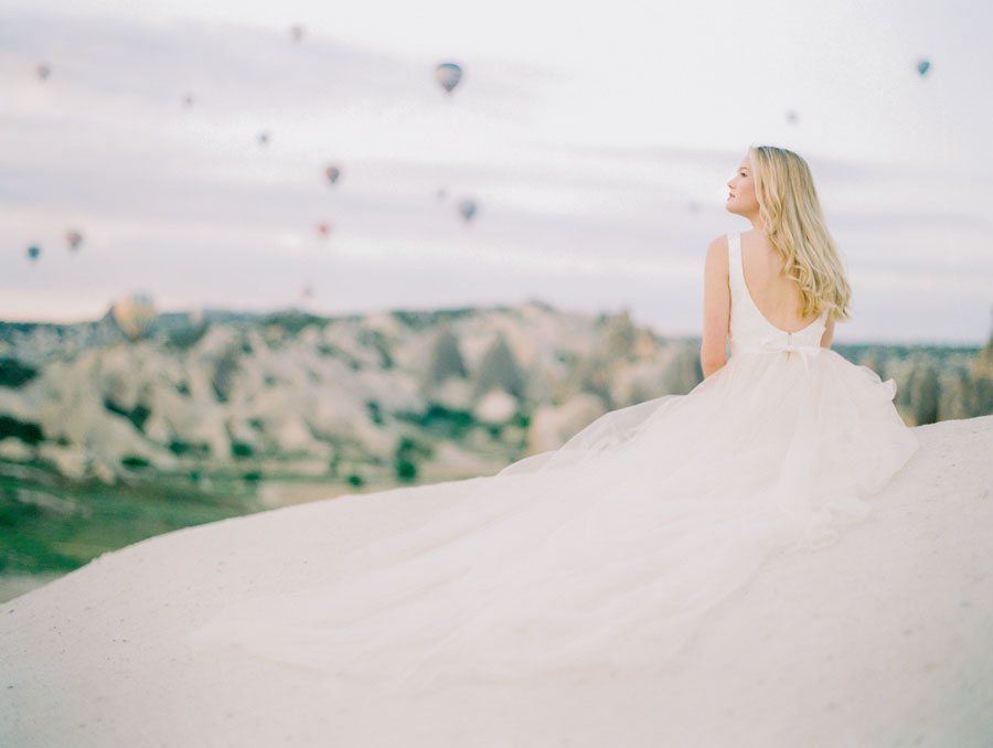 Incredibly Feminine & Pretty Wedding Dresses for 2018 by Truvelle